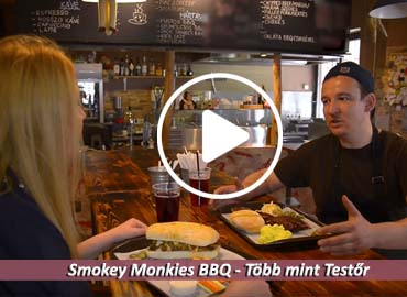 Smokey Monkies Több mint TestŐr